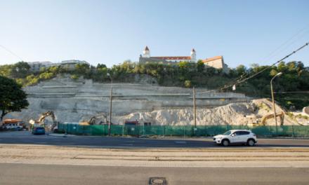 Výstavbou na hradnom kopci sa zaoberá inšpekcia životného prostredia