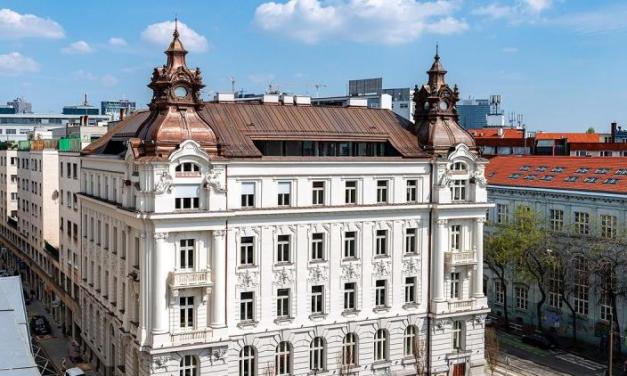 Palác na Gorkého má prvého nájomcu. V historickej budove bude mať centrálu banka