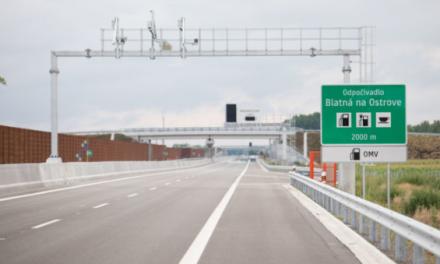 Časti rýchlostnej cesty R7 a diaľnice D4 sú v prevádzke, v pláne sú aj ďalšie úseky