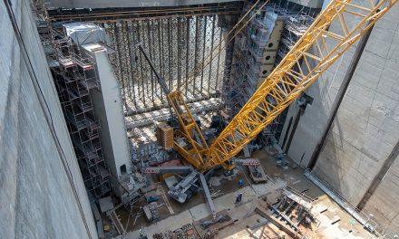 Modernizácia Vodného diela Gabčíkovo: zostavili ľavé krídlo dolných vrát