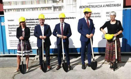 Deutsche Schule v Bratislave oslavuje 15 rokov: Do nového šatu investuje 12 miliónov eur