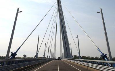 Otvorili nový slovensko-maďarský most za vyše 100 miliónov