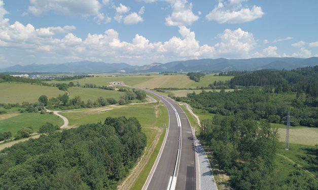 Jedna z najväčších diaľničných stavieb na Slovensku je pred dokončením