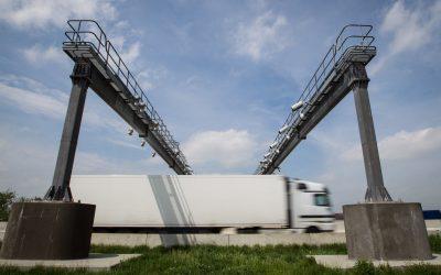 Rezort dopravy chce rozšírením mýtneho systému vyhnať tranzit z obcí