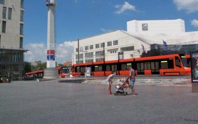 Magistrát napriek nesúhlasu ministerstva kultúry trvá na trati novej električky okolo SND