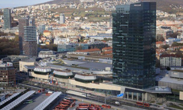 Mestskí poslanci neschválili prevod pozemkov na Mlynských nivách developerovi