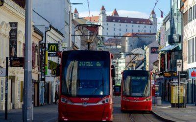 Bratislavský dopravný podnik plánuje zaobstarať desať obojsmerných električiek za 26,9 milióna eur