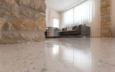Teraco: variabilný a odolný materiál imitujúci kameň