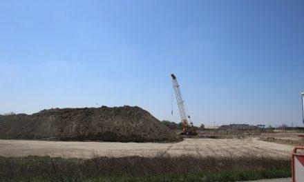 Výstavba na úseku D4 v Rači v rámci bratislavského obchvatu naďalej stojí