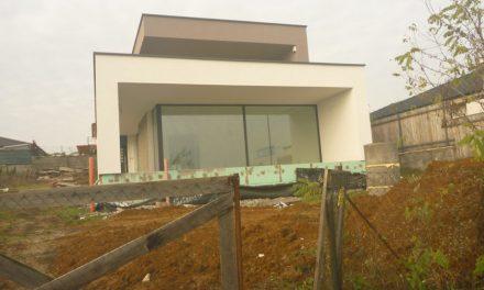Ilúzia úspor tepla z nových alebo vymenených okien – Poznatky z technického dozoru na stavbách